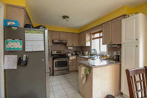 121 Nicholson Drive - Kitchen - Before Renovation