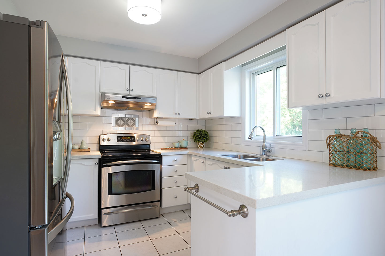121 Nicholson Drive - Kitchen - After Renovation
