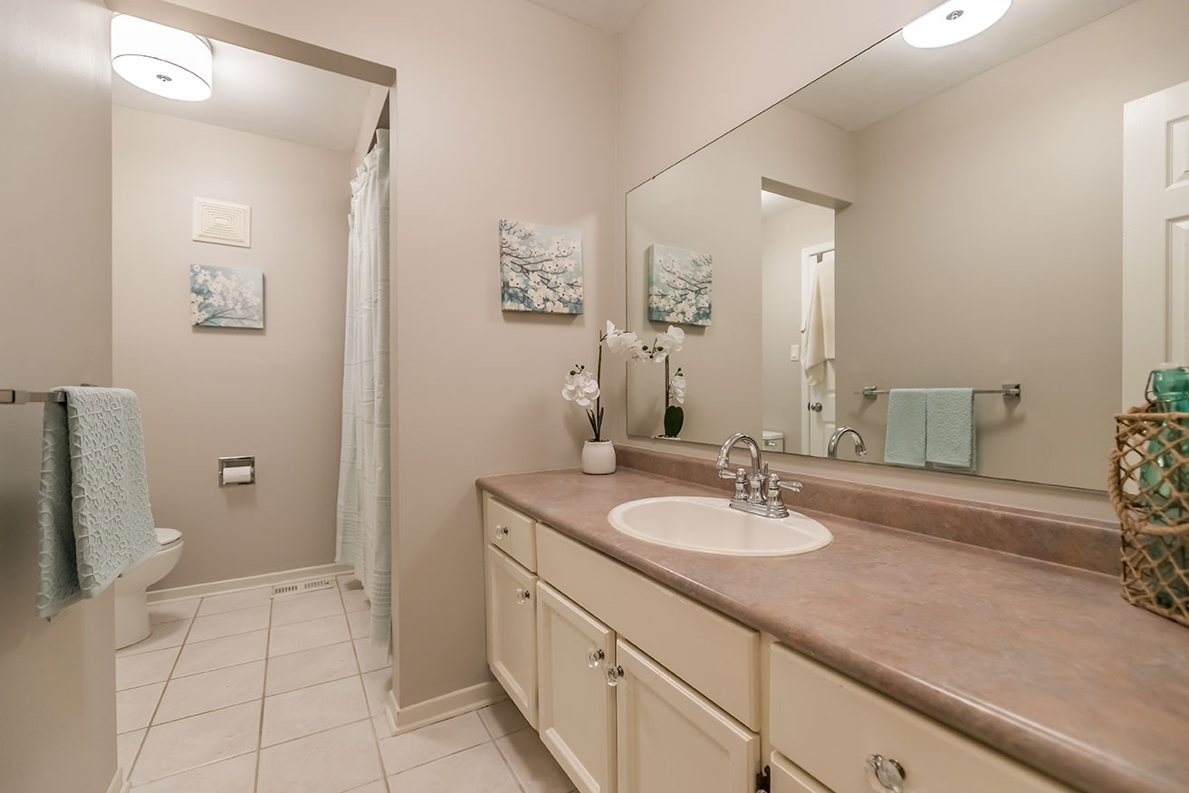 Cedar Creek - Bathroom - After Renovation