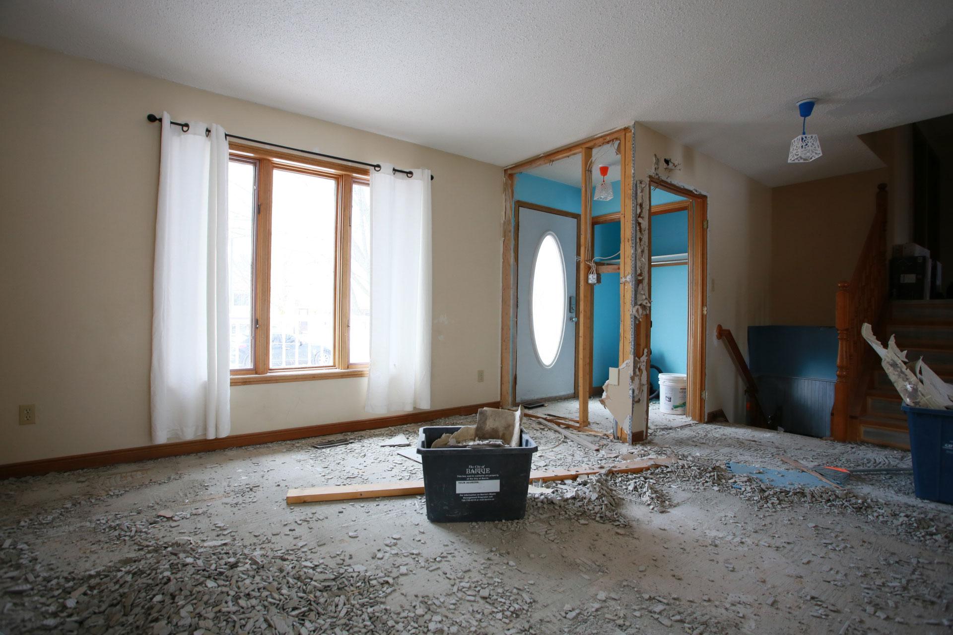 Living Room - Centennial - Before Renovation