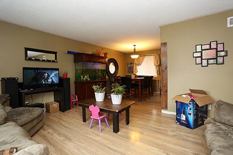Foyston Living Room - Before Renovation