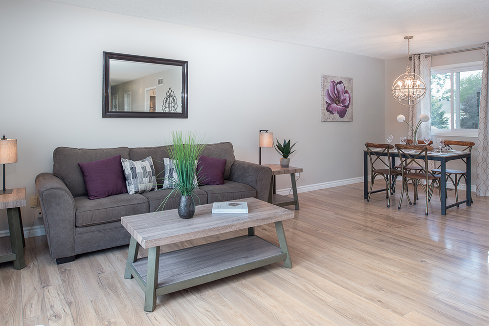 Foyston2B-livingroom-after-renovation