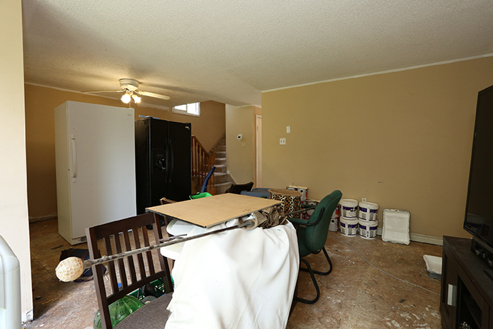 Hickling - Family Room - Before Renovation