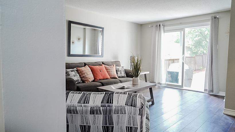 Hickling - Livingroom - After Renovation