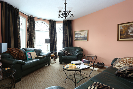 Cityview - Family Room- Before Renovation