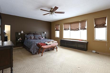 cityview37A-bedroom-before-renovaton