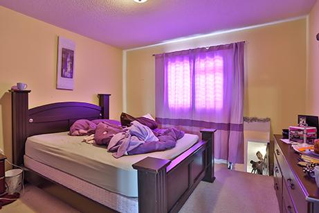 Countrylane Bedroom - Before Renovation