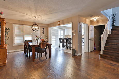 Countrylane Dining Area - Before Renovation