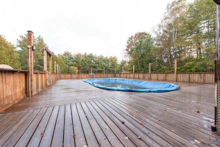 1007Racoon_Gravenhurst-Pool