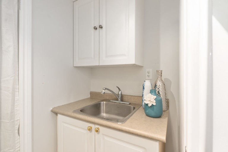 34-Pinecliff-Cres-Sink
