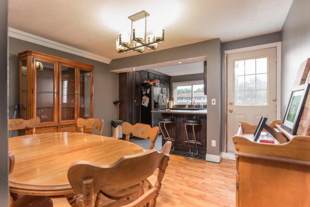 79Scott_Barrie-Dining-Room