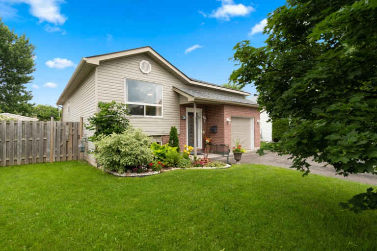 30 Keith St, Orillia HIGH RES-3